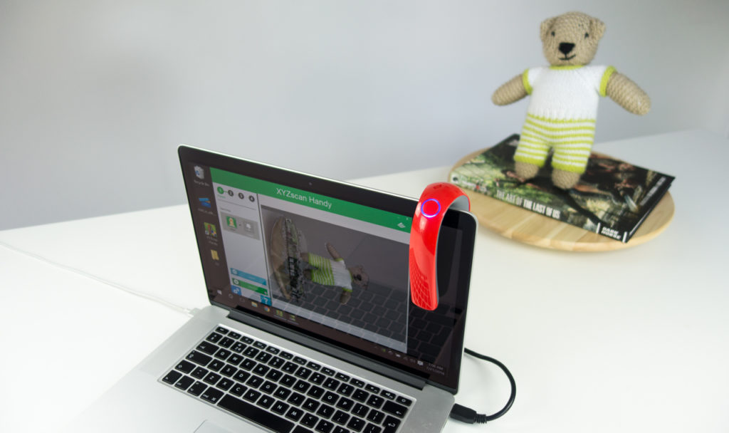 XYZ printing 3D Scanner Review - Bear on Turntable